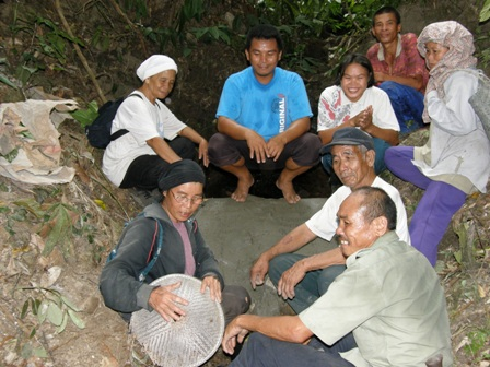 Kepuasan Setelah Menyelesaikan Kemudahan Asas Kampung