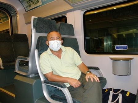 Haji Hassan terpaksa menggunakan topeng demi langkah berjaga-jaga